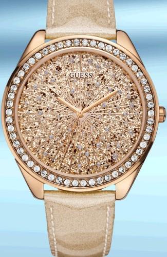 GUESS Watches; Trendy Collection *Article no. Non U.S. W0155L1 (non-U.S. U0155L1)